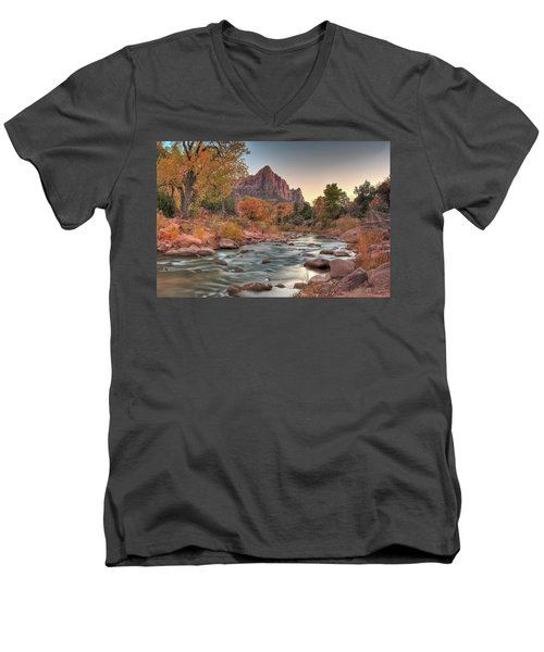 Virgin River And The Watchman Men's V-Neck T-Shirt