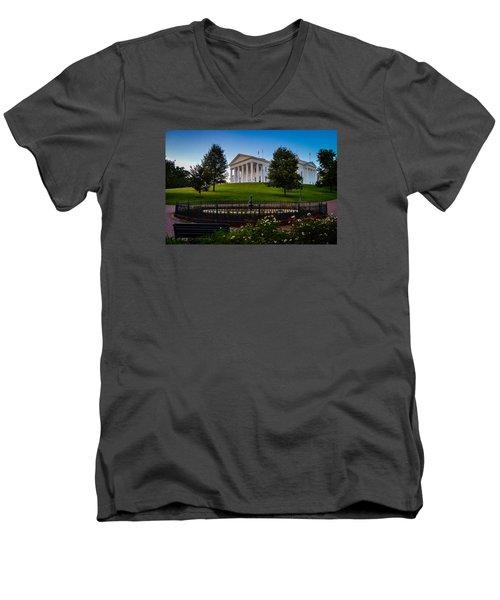 Virginia Capitol Building Men's V-Neck T-Shirt