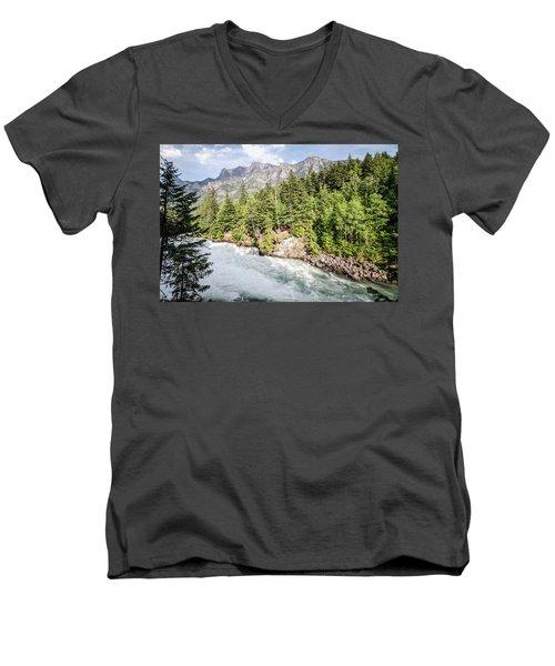 Visit Montana Men's V-Neck T-Shirt