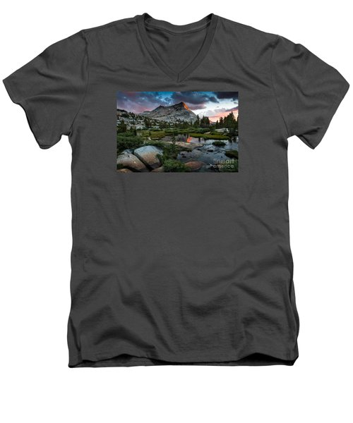 Vogelsang Peak Men's V-Neck T-Shirt