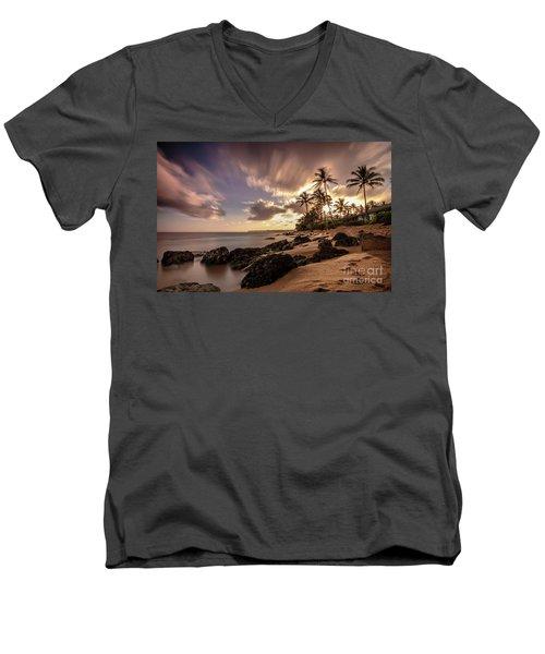 Wainiha Kauai Hawaii Sunrise  Men's V-Neck T-Shirt
