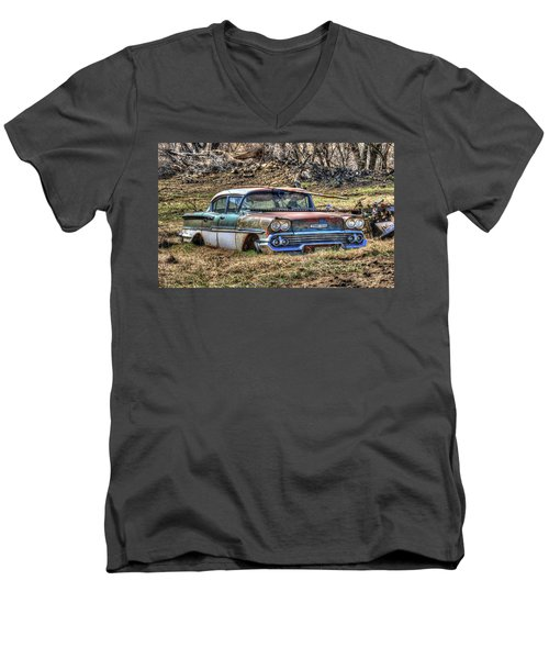 Waiting For A Tow Men's V-Neck T-Shirt