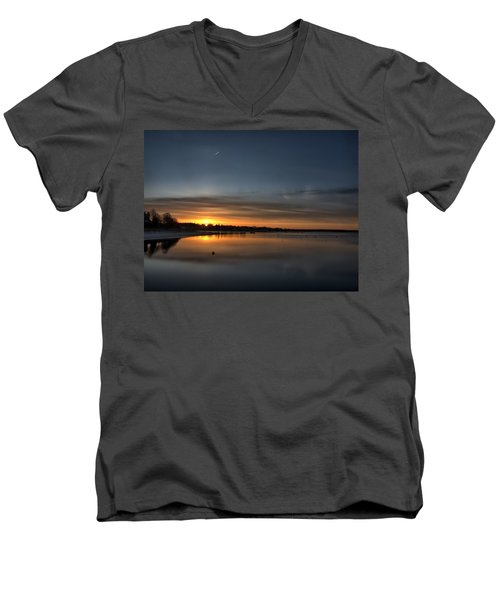 Waking To A Cold Sunrise Men's V-Neck T-Shirt
