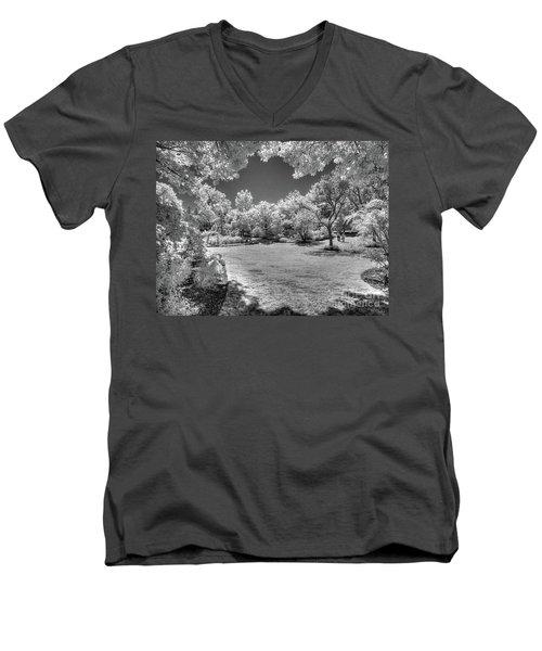 Walking In Clark Gardens Men's V-Neck T-Shirt