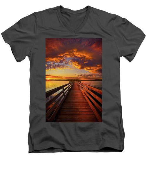 Men's V-Neck T-Shirt featuring the photograph Walkyn Skywyrd by Phil Koch