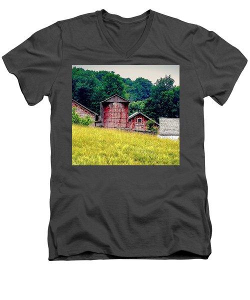 Washington County Vignette Men's V-Neck T-Shirt