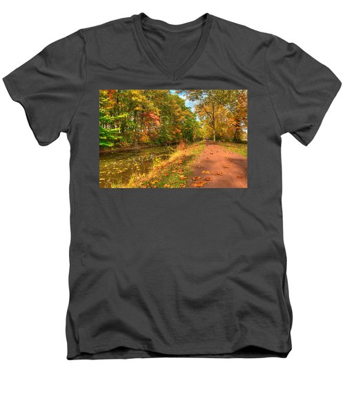 Washington Crossing Park Men's V-Neck T-Shirt