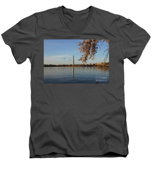 Washington Monument Men's V-Neck T-Shirt by Megan Cohen