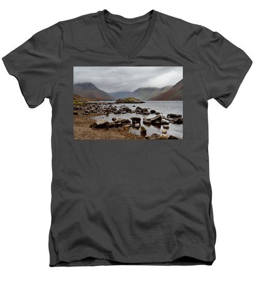 Wastwater Lake District Men's V-Neck T-Shirt
