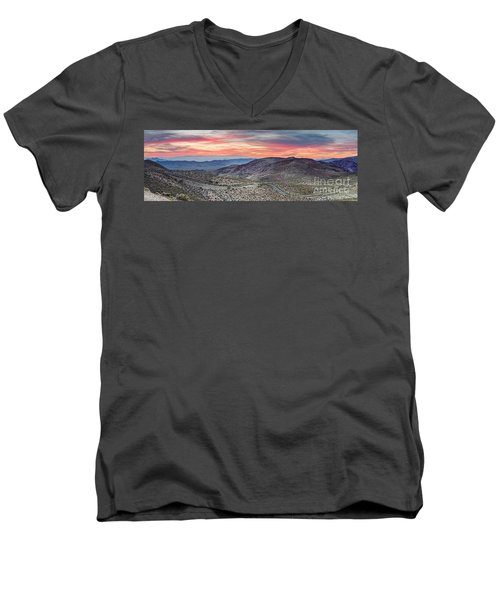 Watching The Sunrise From Dante's View - Black Mountains Death Valley National Park California Men's V-Neck T-Shirt