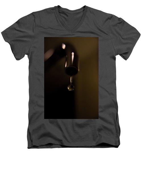 Water Droplet Men's V-Neck T-Shirt