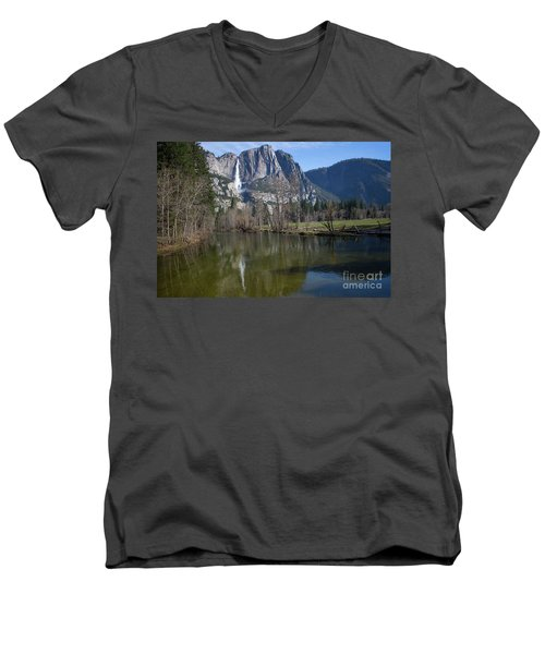 Waterfall Reflection Color Men's V-Neck T-Shirt