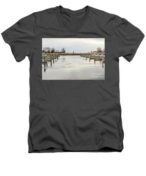 Waterfront Park In Ludington, Michigan Men's V-Neck T-Shirt