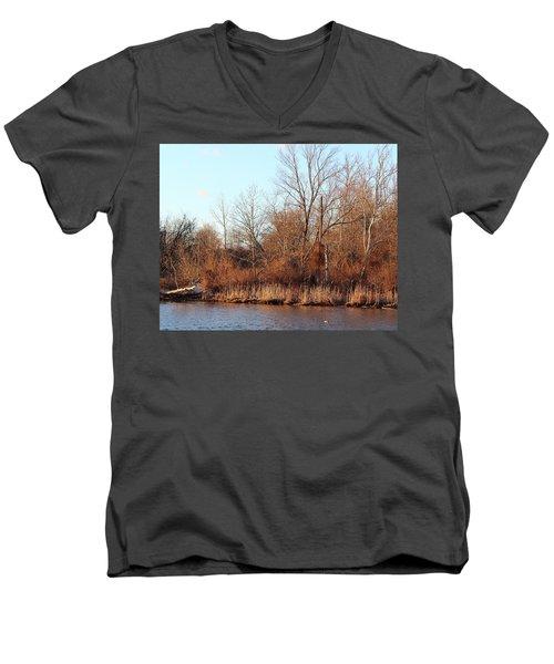 Northeast River Banks Men's V-Neck T-Shirt