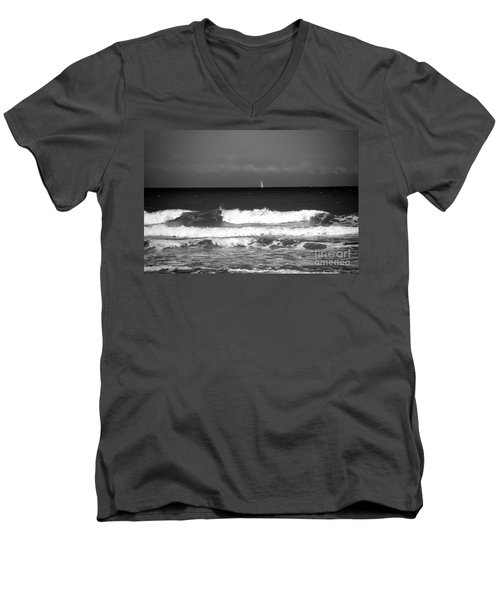Waves 4 In Bw Men's V-Neck T-Shirt