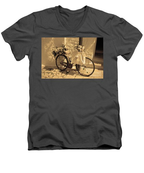 Wedding Bike Men's V-Neck T-Shirt