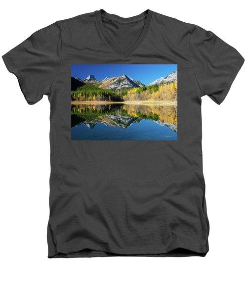 Wedge Pond Color Men's V-Neck T-Shirt