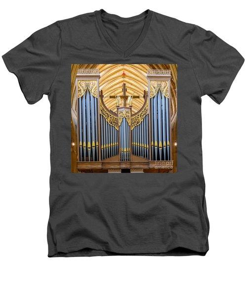 Wells Cathedral Organ Men's V-Neck T-Shirt
