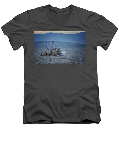 Men's V-Neck T-Shirt featuring the photograph Western Sunrise by Randy Hall