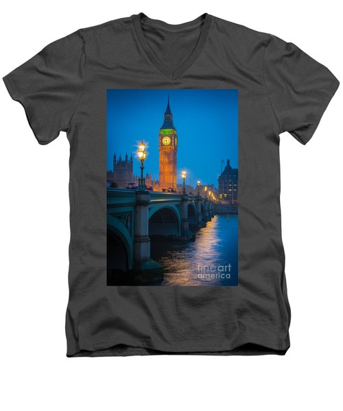 Westminster Bridge At Night Men's V-Neck T-Shirt