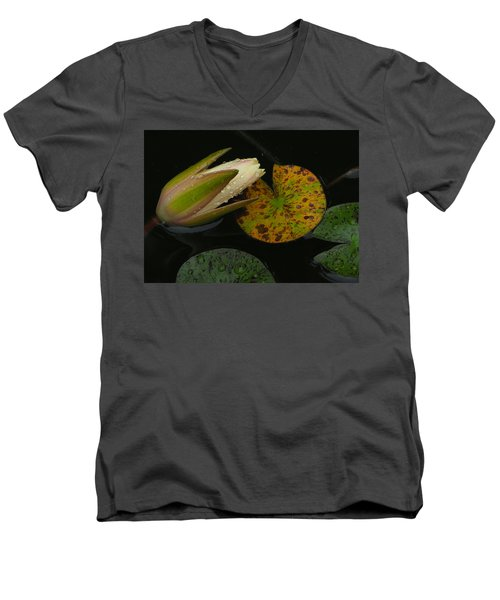 Wet Lily Men's V-Neck T-Shirt