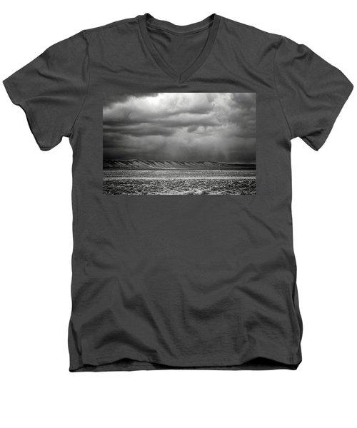 White Mountain Men's V-Neck T-Shirt
