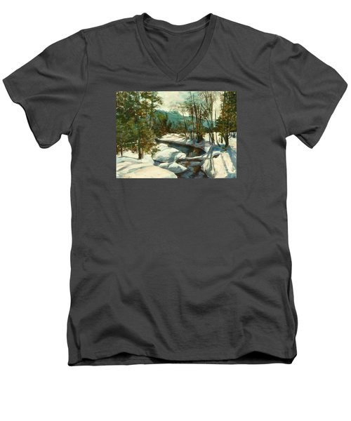 White Mountain Winter Creek Men's V-Neck T-Shirt