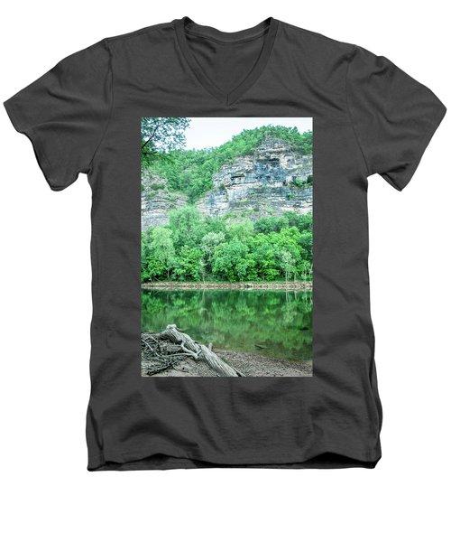 White River, Arkansas 4 Men's V-Neck T-Shirt
