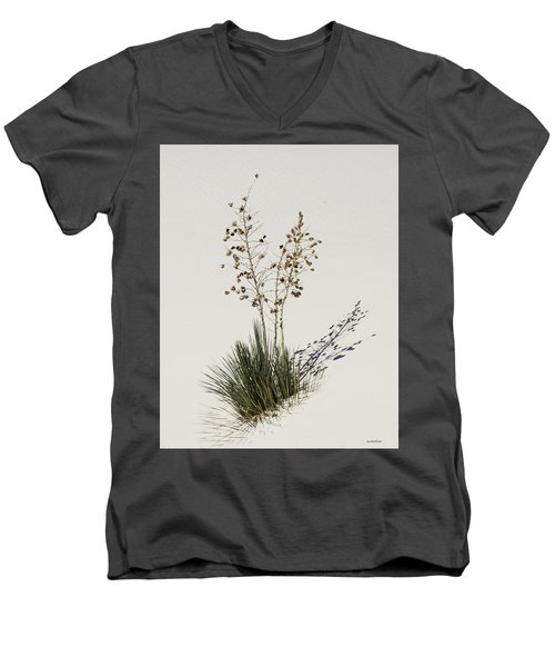 White Sands Yucca Men's V-Neck T-Shirt