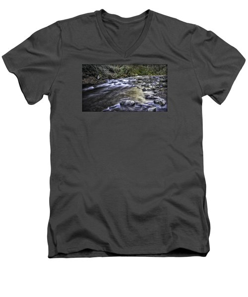 White Water Men's V-Neck T-Shirt