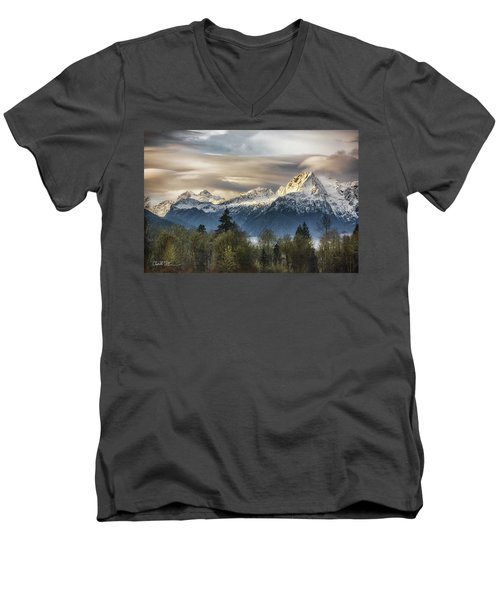 Whitehorse Sunrise, Flowing Clouds Men's V-Neck T-Shirt