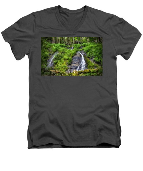 Wigwam Falls Men's V-Neck T-Shirt