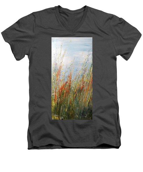 Wild N Hay Men's V-Neck T-Shirt