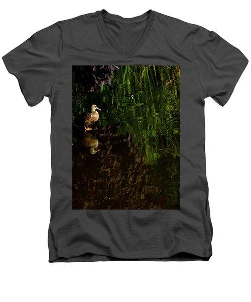 Wilderness Duck Men's V-Neck T-Shirt