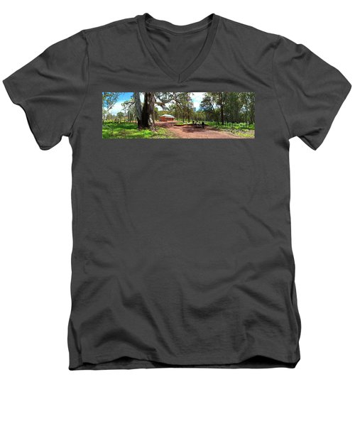 Wilpena Pound Homestead Men's V-Neck T-Shirt by Bill Robinson
