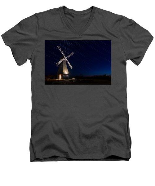 Windmill In The Night Men's V-Neck T-Shirt