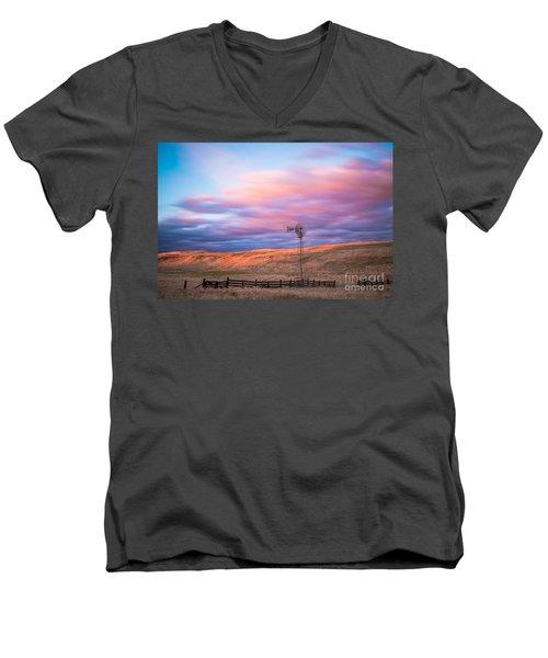 Windmill Le Men's V-Neck T-Shirt