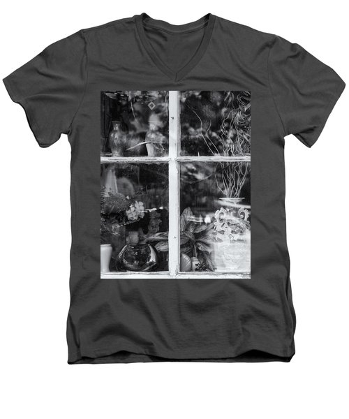 Window In Black And White Men's V-Neck T-Shirt