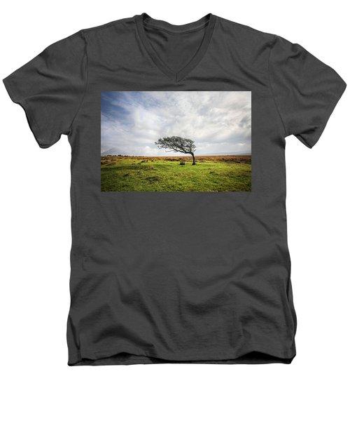 Windswept Tree Men's V-Neck T-Shirt
