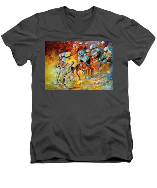 Winning The Tour De France Men's V-Neck T-Shirt
