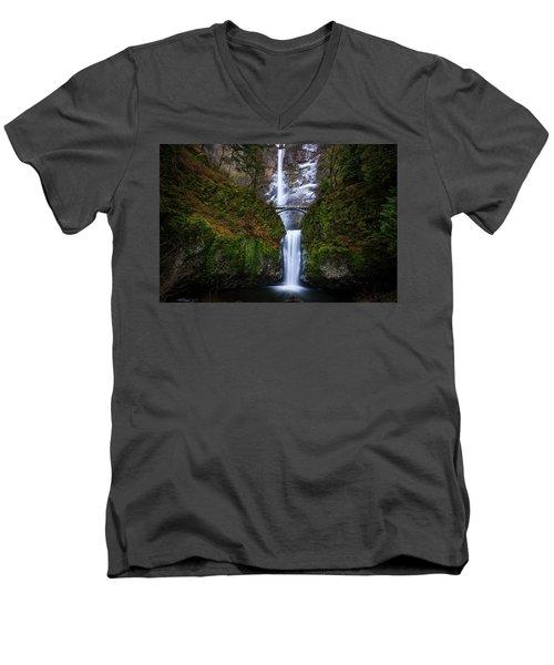 Winter At Multnomah Falls Men's V-Neck T-Shirt