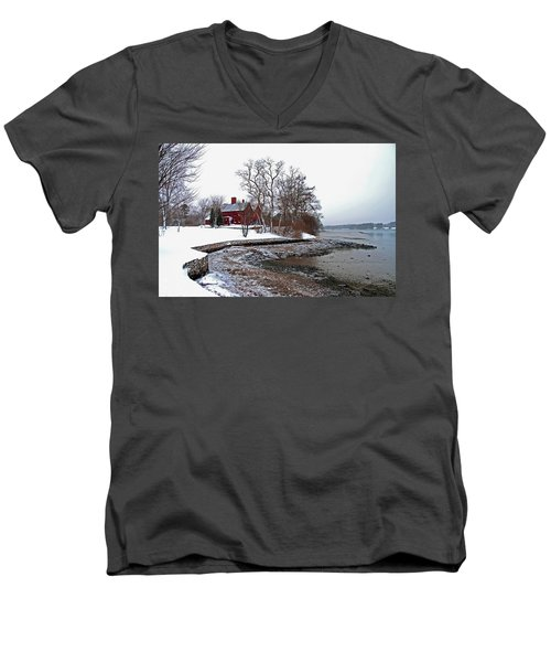 Winter At Perkins House  Men's V-Neck T-Shirt
