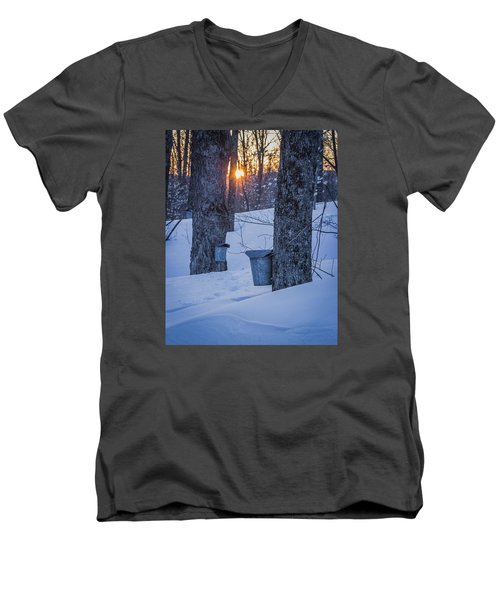 Winter Buckets Men's V-Neck T-Shirt