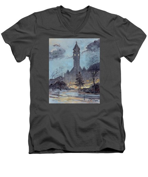 Winter Dusk - Union Station Men's V-Neck T-Shirt