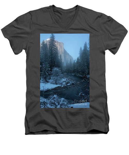 Winter El Cap  Men's V-Neck T-Shirt