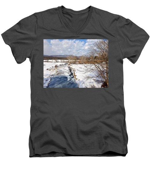 Winter Hike Men's V-Neck T-Shirt
