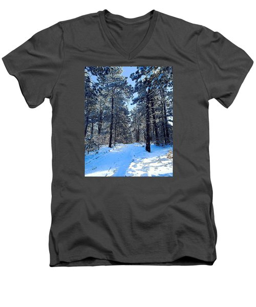 Men's V-Neck T-Shirt featuring the digital art Winter Morning by Walter Chamberlain