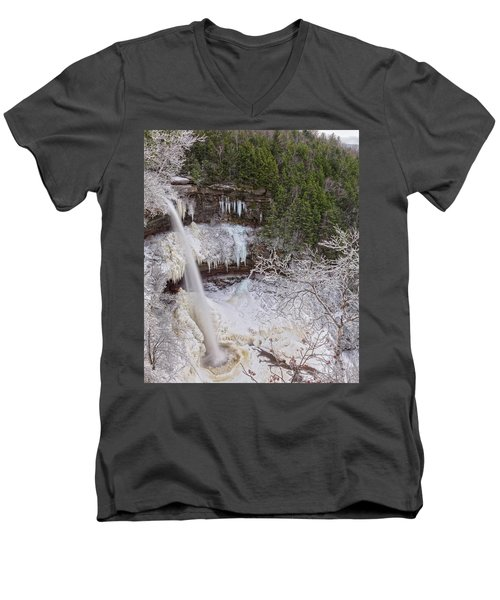 Winter Wonderland At Kaaterskill Falls Men's V-Neck T-Shirt