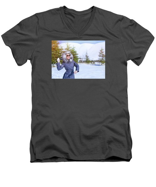 Woman Playing In Winter Park Men's V-Neck T-Shirt