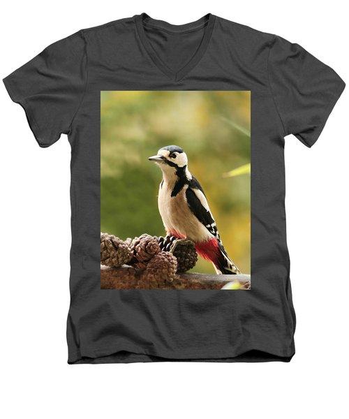 Woodpecker In Winter Men's V-Neck T-Shirt
